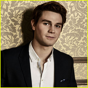 KJ Apa Broke His Hand While Filming 'Riverdale' Finale