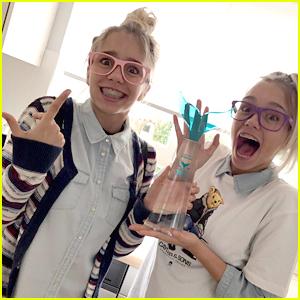 Musical.ly Stars Lisa & Lena Win Muser of the Year Award at Shorty Awards