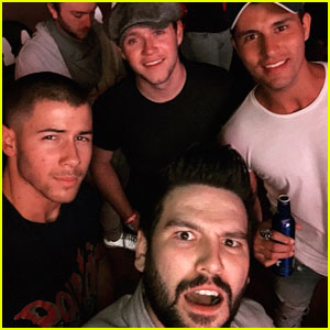 Nick Jonas & Niall Horan Hang With Dan + Shay At Stagecoach Festival