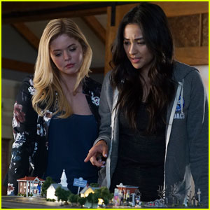 Sasha Pieterse Opens Up About Why Alison 'Feels Defeated' on 'PLL' Right Now