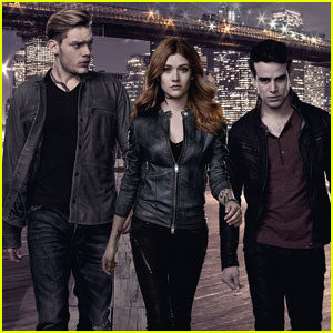Jace & Simon Compete for Clary in First 'Shadowhunters' Summer Premiere Promo - Watch Now!