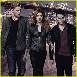 The Clary-Simon-Jace Triangle Is Coming For 'Shadowhunters' Season 2B!