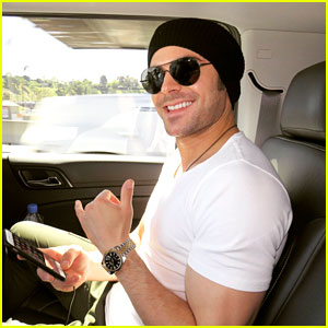 Zac Efron Shares Shirtless Photos From Dubai Trip