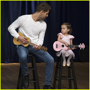 Ben Sings With Emma On The Final Episode of 'Baby Daddy'