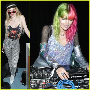Bella Thorne Supports Sister Dani at BeautyCon DJ Gig