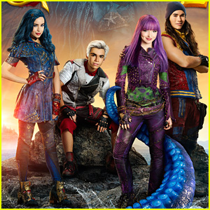 'Descendants 2' Cast Show Us How To Be Wicked on DWTS Movie Night - Watch!