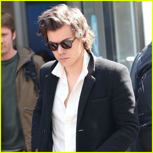 Harry Styles' New Song 'Sweet Creature' Is Headed to the Top of the Charts!