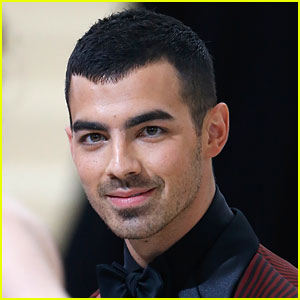 Watch Joe Jonas' 'Undercover Lyft' Segment With DNCE & Prepare to LOL