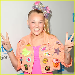 JoJo Siwa Cannot Stop Teasing Us With Her Upcoming Announcement