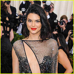 Kendall Jenner Narrowly Avoids Run In With Ex Jordan Clarkson