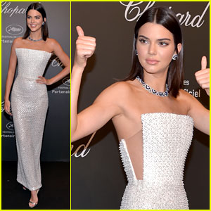 Kendall Jenner Knows Exactly How to Dress for a Space-Themed Party