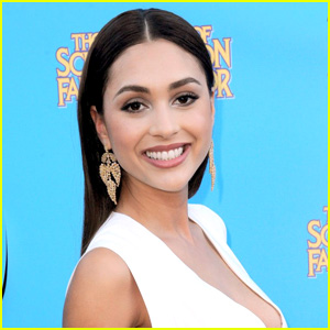 The 100's Lindsey Morgan To Star In New Flick 'Summertime'