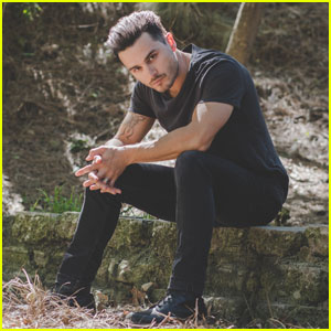 Vampire Diaries' Michael Malarkey Says There Was 'Something Beautiful' in Enzo's Death