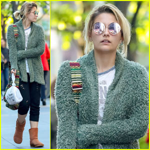 Paris Jackson Strolls NYC After Casting News