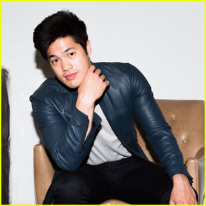 13 Reasons Why's Ross Butler Opens Up About Zach's Note