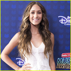 Skylar Stecker Sings 'How Did We' For 'Everything, Everything' Soundtrack