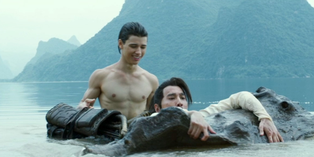 EXCLUSIVE: Uriah Shelton Goes Shirtless For 'Enter The ...
