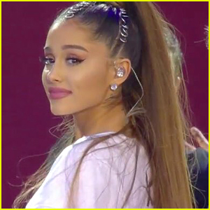 Fans Praise Ariana Grande For Her Bravery During One Love Manchester Concert