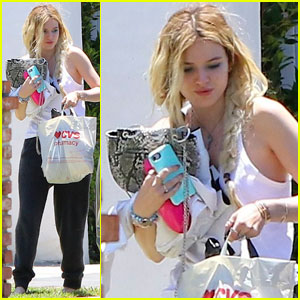 Bella Thorne Has Her Hands Full in Sherman Oaks