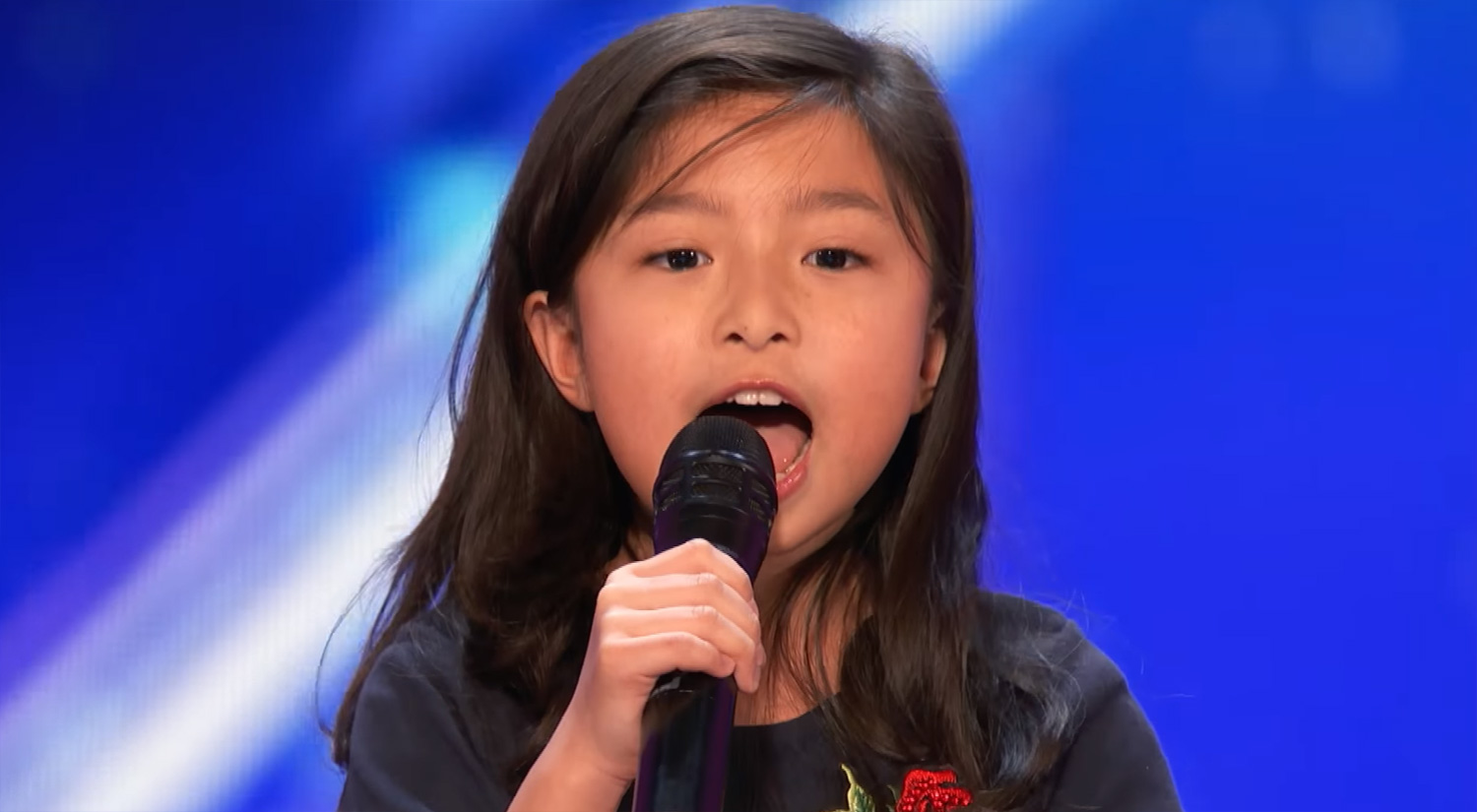 Americas got talent 2017 celine - Celine Tam 9 Wows With My Heart Will Go On During Agt Audition Watch Now America S Got Talent Celine Tam Just Jared Jr