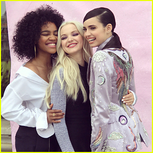 Descendants 2 Stars Dove Cameron, China Anne McClain & Sofia Carson are Super Smiley in New Insta Pics
