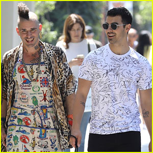 DNCE's Cole Whittle & Joe Jonas Are Serious Friendship Goals!