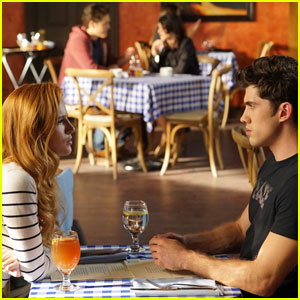 There's An Unplanned Double Date Tonight on 'Famous in Love'