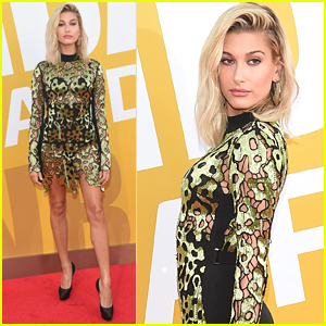 Hailey Baldwin Looks Super Stylish at NBA Awards 2017!