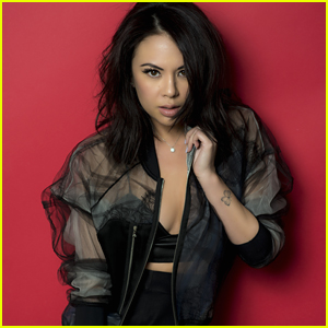 Janel Parrish On 'Pretty Little Liars' Mona: 'She Really Wants To Be Friends With the Liars'
