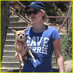 Jennifer Lawrence Goes for a Morning Hike with Her Pup Pippi!