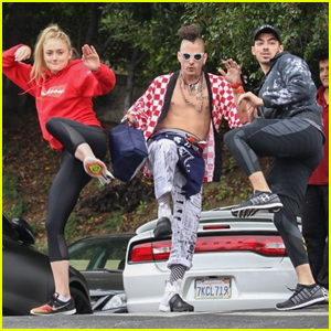Joe Jonas & Sophie Turner Hit the Gym Ninja Style!