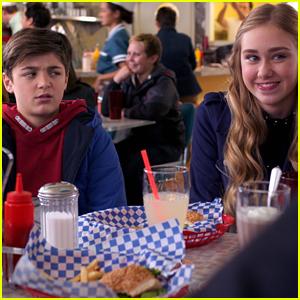 'Andi Mack' Season Finale Sneak Peek: Jonah Beck Is Interested In Andi!
