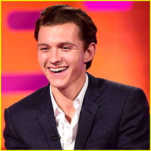 Tom Holland Does His Best 'Planet of the Apes' Moves (& Howls Like a Wolf)! (Video)