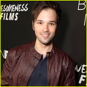 iCarly's Nathan Kress Signs an Autograph for a Fan Five Years After She Wrote Him