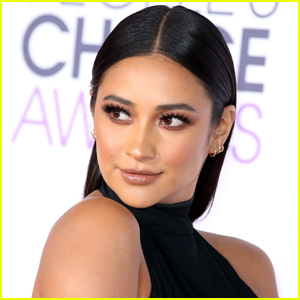 Shay Mitchell Loves Wearing One-Piece Swimsuits For The Most Relatable Reason Ever
