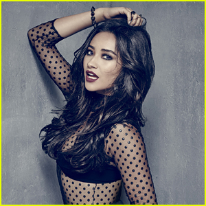 Shay Mitchell Didn't Even Tell 'Pretty Little Liars' Secrets To Her Mom