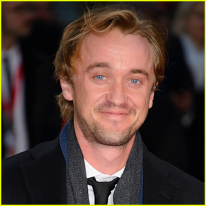 Tom Felton Sang In The Street & No One Recognized Him!