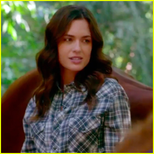 'Pretty Little Liars' Melissa Hastings Says All The Fan Theories About The Finale Are Wrong