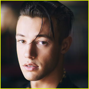 Cameron Dallas Might Dye His Hair Pink!