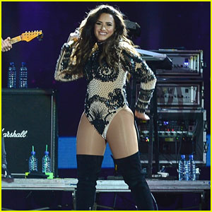 Demi Lovato Dances It Up at Brazil Concert