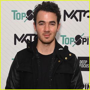 Kevin Jonas Celebrates Former Disney Women & Their Hit Summer Singles