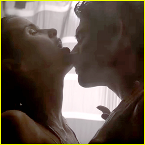 Apparently Scott & Malia Are Together Now in 'Teen Wolf' & Fans Are So Confused