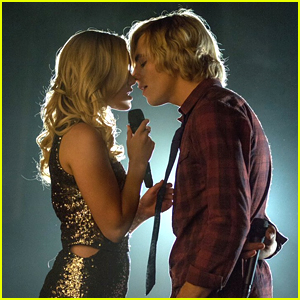 Olivia Holt Really Loved Working With Ross Lynch on 'Status Update'