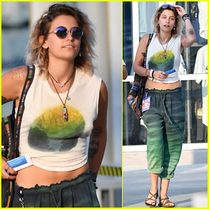 Paris Jackson Spends the Night at a Music Fest with Friends