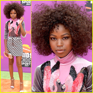 Henry Danger's Riele Downs Rocks Natural Hair at Kids' Choice Sports Awards 2017
