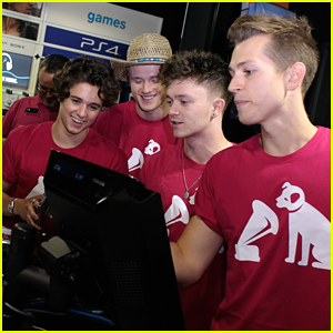 The Vamps Pull an Ed Sheeran; Sell Their New Albums To Fans at HMV Oxford Street