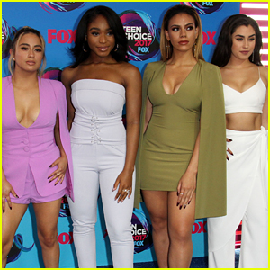 Fifth Harmony Slays the 2017 Teen Choice Awards Blue Carpet!