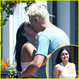 Ariel Winter Steals a Kiss From Boyfriend Levi Meaden While Saying Goodbye for the Day