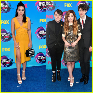 Bea Miller & Echosmith Hit Teen Choice Awards 2017