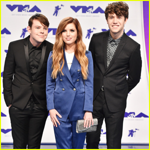 Echosmith Stick Together On The MTV VMAs 2017 Red Carpet